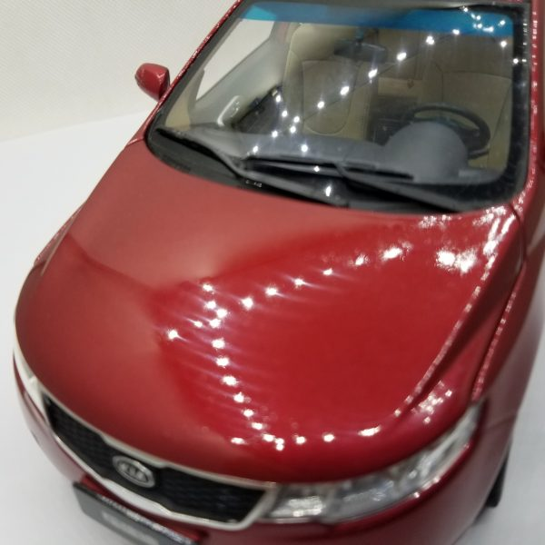 1:18 Diecast Model for Kia Forte 2008 Red (Rash) Alloy Toy Car Miniature Collection Gifts Cerato K3